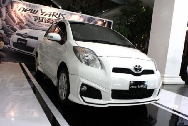 toyota yaris 6 Harga Mobil Baru Toyota Yaris Indonesia
