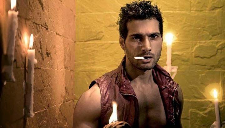 Foto dan Biodata Aham Sharma Pemeran Karna di Mahabharata