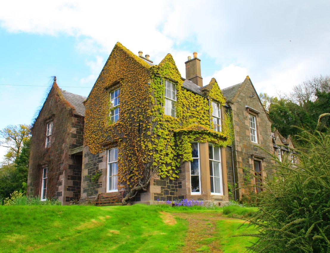 50 fotos de fachadas de casas modernas peque as bonitas - Fotos de casas preciosas ...