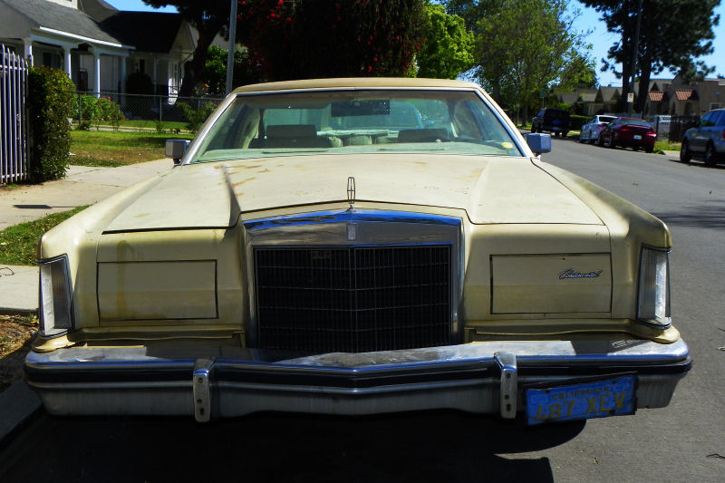 Los Angeles Street Sighting   1979 Lincoln Continental Mark V