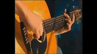 John Butler, 12 string acoustic guitar, John Butler Trio, music