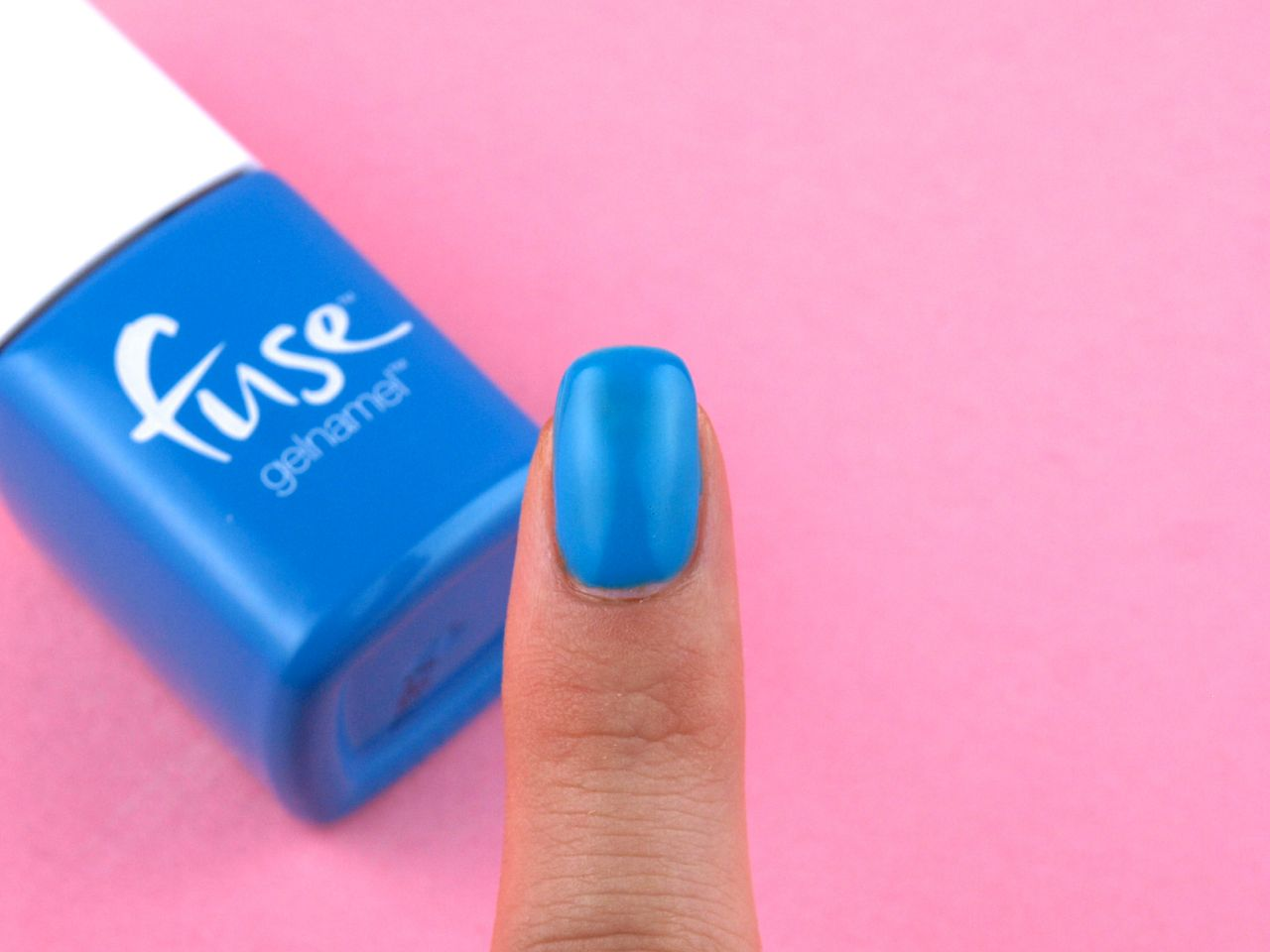 "Sensationail Fuse Gelnamel Starter Kit in ""Sonic Blue-M"": Review and Swatches"