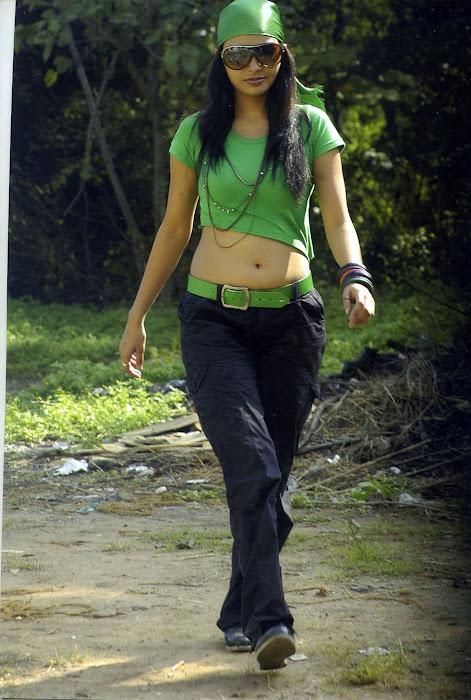pooja sahu from daiyyam undha movie, pooja glamour  images