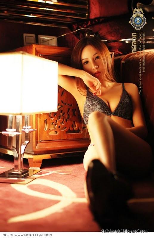 Foto Seksi : Model Pakaian Dalam China Super HOT
