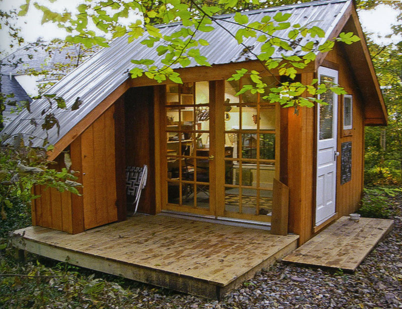 Honey i shrunk the house tiny homes by lloyd kahn Simple small house