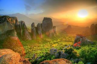 Meteora greece Tempat Teindah Didunia dengan Pemandangan Paling Indah