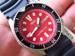 SEIKO DIVER 6309 7290 - RED DIAL - BLACK BEZEL - AUTOMATIC