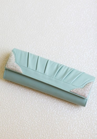 http://shopruche.com/exquisite-adornment-clutch.html