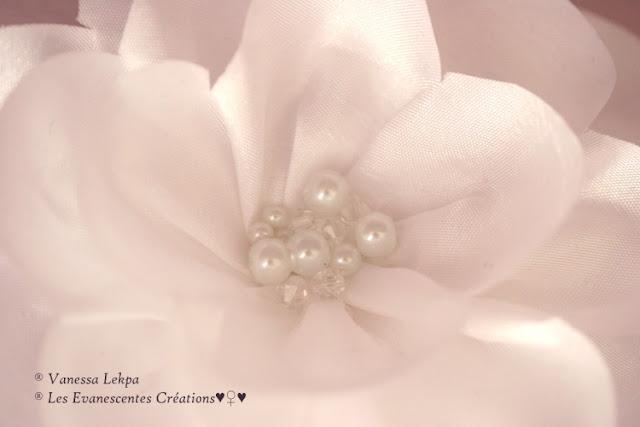 accessoire cheveux barrette fleurs taffetas soie organza blanc cristal vanessa lekpa createur fait main