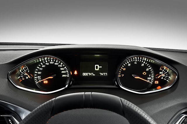novo Peugeot 308 2015 - painel