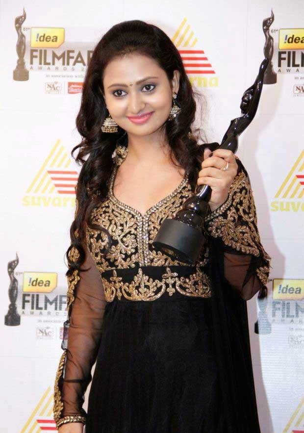 Amulya at 61st Idea Filmfare Awards 2013 (South)