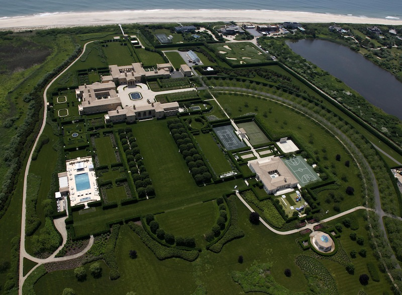 Mansions more a look at ira rennert 39 s mansion the for Biggest homes in the hamptons