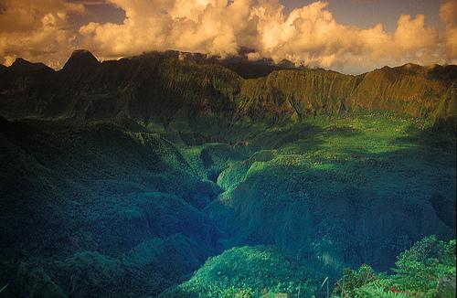 tahiti mountain scape