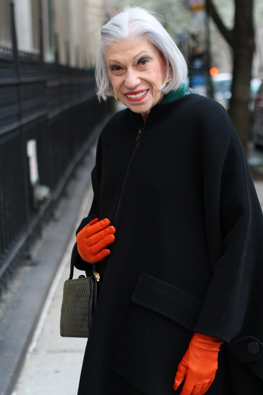 Ladies leather gloves cape town - I Saw This Stunning Woman Walking Up Madison Avenue And After Complimenting Her Gloves