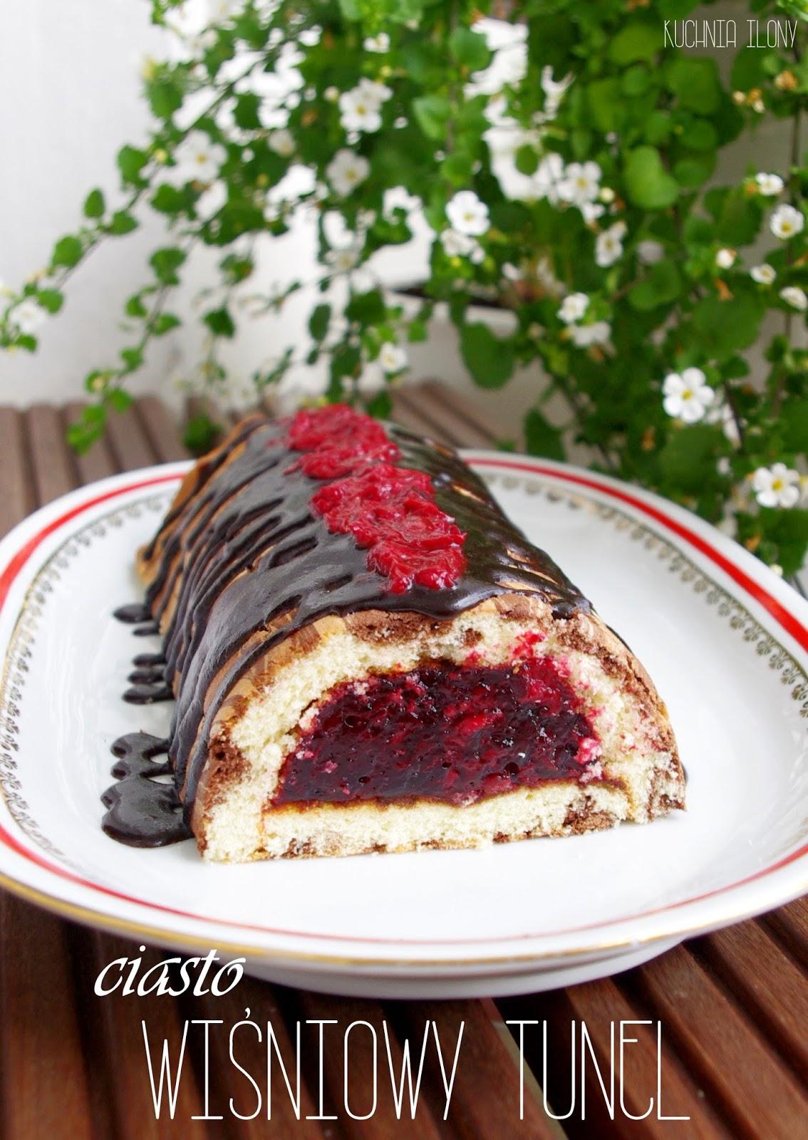 ciasto biszkoptowe, ciasto wiśniowy tunel. wiśnie, deser, biszkopt,