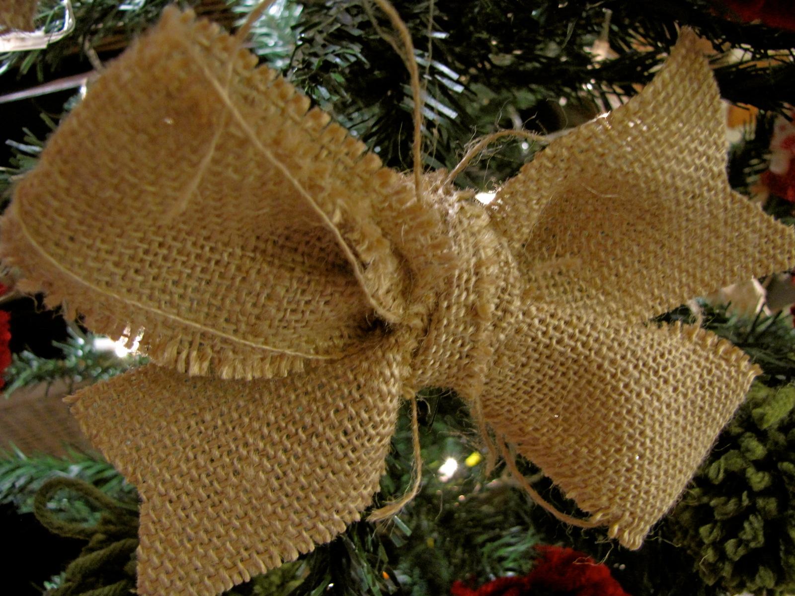 Ideas para todos adornos navidad con tela de saco - Manualidades con tela de saco ...