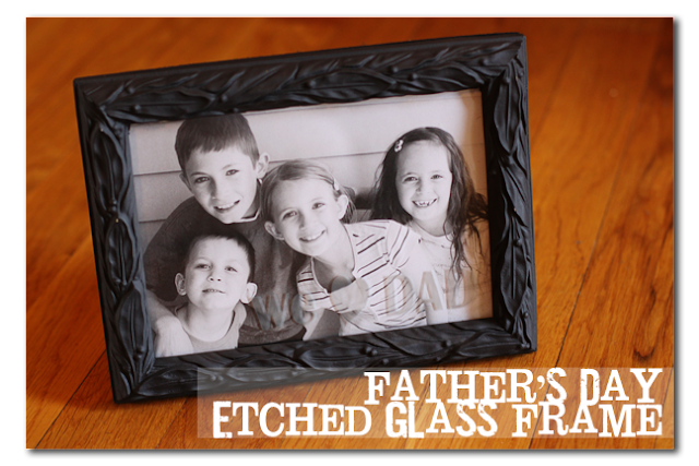 etched+glass+photo+frame+for+Father's+Day.png