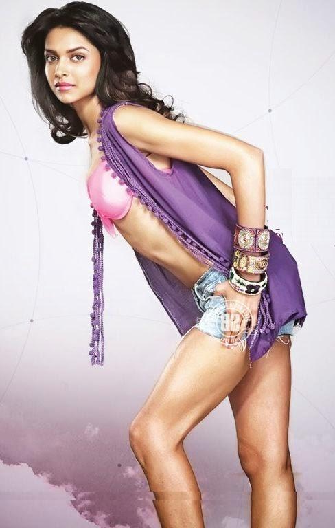 Hot Deepika Padukone Nip Slip
