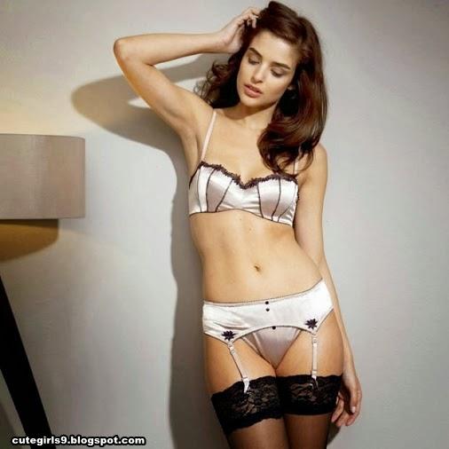 Huge Desi Big Tits Asian Sexy Girls