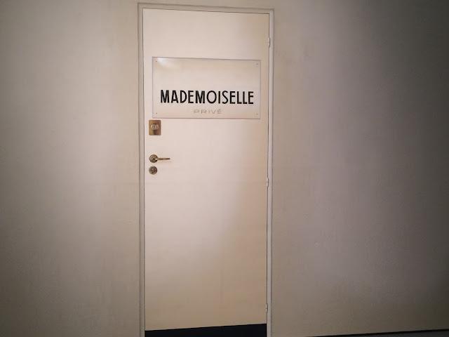 Mademoiselle Prive Door