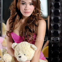 Siska Amanda Popular - Model Indonesia Seksi