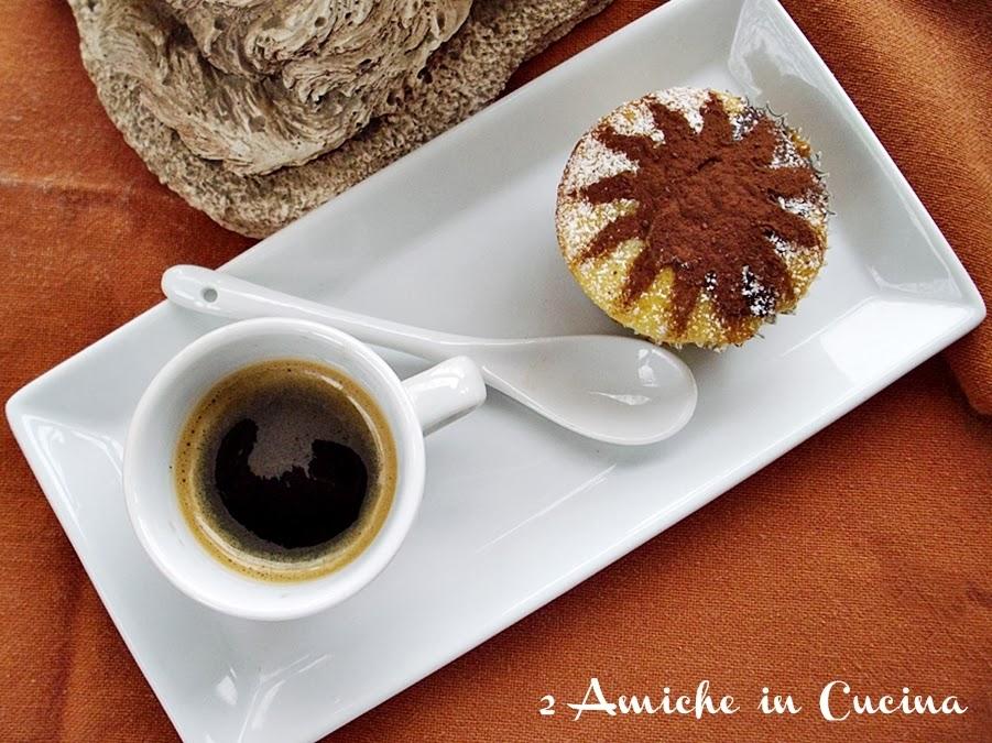 Muffin bianchi e neri 2 amiche in cucina - Piatti bianchi e neri ...