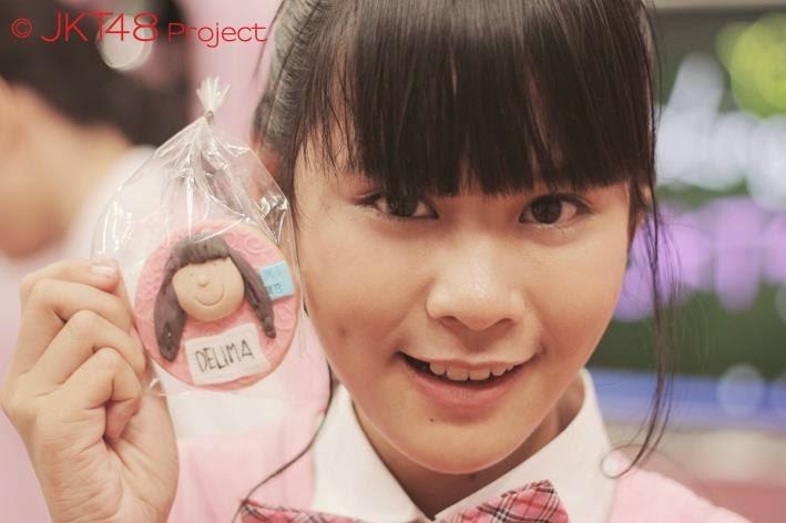 Foto Cantik Delima Rizky JKT48 Ketika Memakai Seifuku School