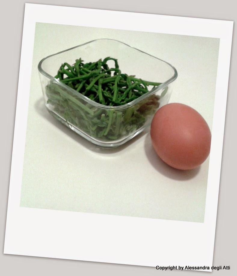 ingredienti uovo strapazzato con asparagine