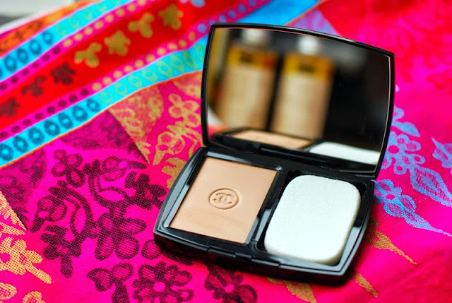 Chanel Mat Lumiere Luminous Matte Powder