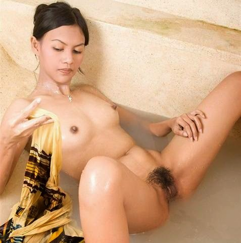 gadis bahenol orgsm