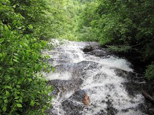 Amicolila Falls