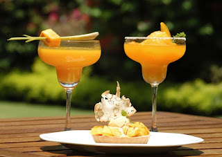 alphonso-mango-martini-in-polo-club