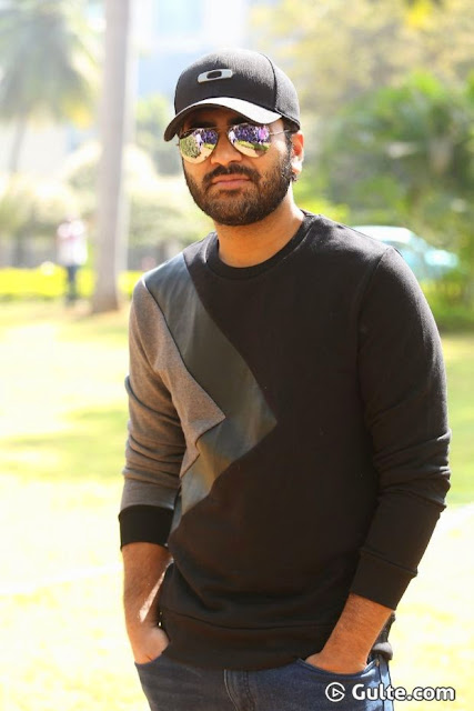 Sharvanand latest stills-Heroes gallery