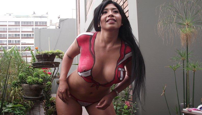 http://1.bp.blogspot.com/-imrcgpVxMQI/TsBzoCpdQ9I/AAAAAAAANQQ/aczIaabE9gA/s1600/Irina+Grandez+-Lima+vedettes+%25288%2529.jpg