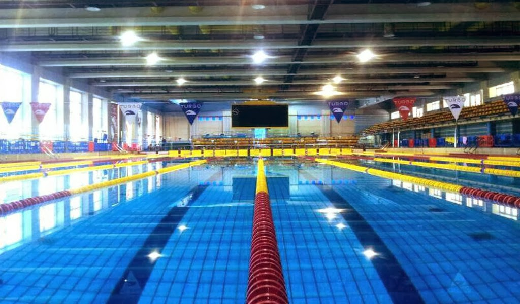 La práctica de natación durante todo el año