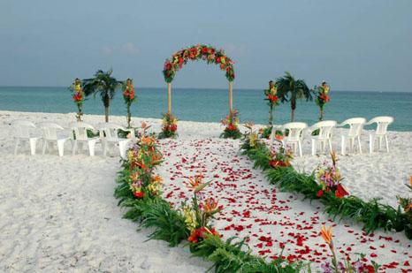 Tu boda en la playa - Lugares originales para casarse ...
