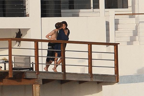 Justin Bieber And Selena Gomez Kissing justin bieber selena gomez