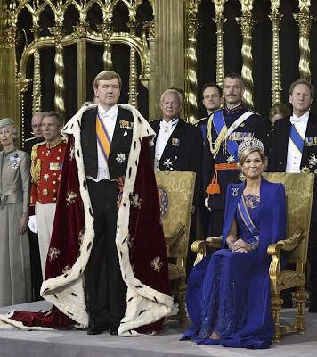 Todas as autoridades da Holanda juraram fidelidade ao novo rei
