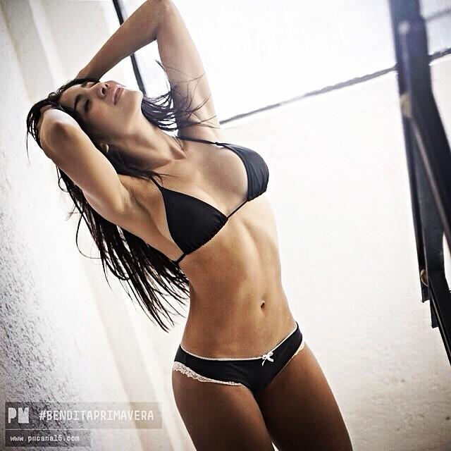 Erika Fernandez ropa interior negra pm canal 5
