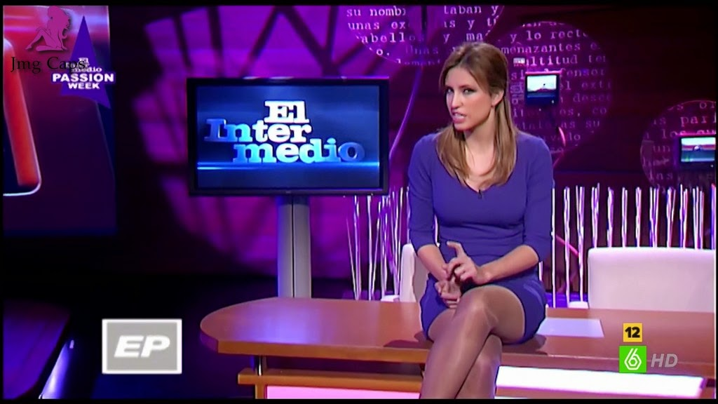 SANDRA SABATES, PASSION WEEK (01.04.15) (31.03.15)