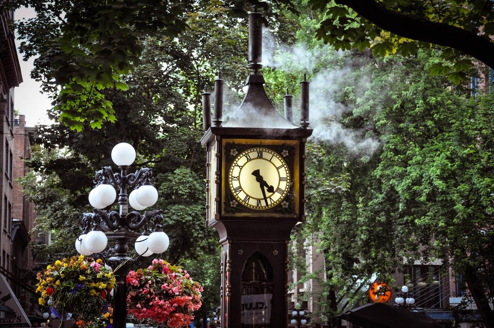 Vancouver Gastown, Old Clock, Canada \ Ванкувер Гастуан, старинные часы, Канада