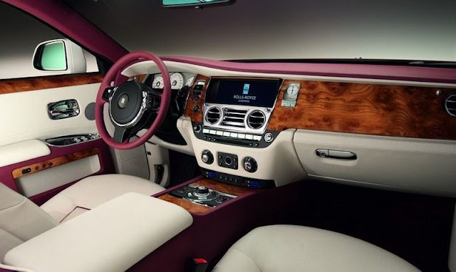 "Rolls-Royce Ghost ""One-Off Qatar"" Edition gassguzzler"