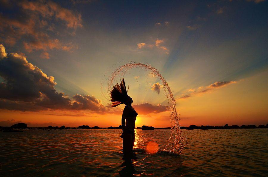 18. Girl in sunset by Mathias Lervold