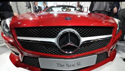 gambar mobil mewah mercedes bens di la auto show