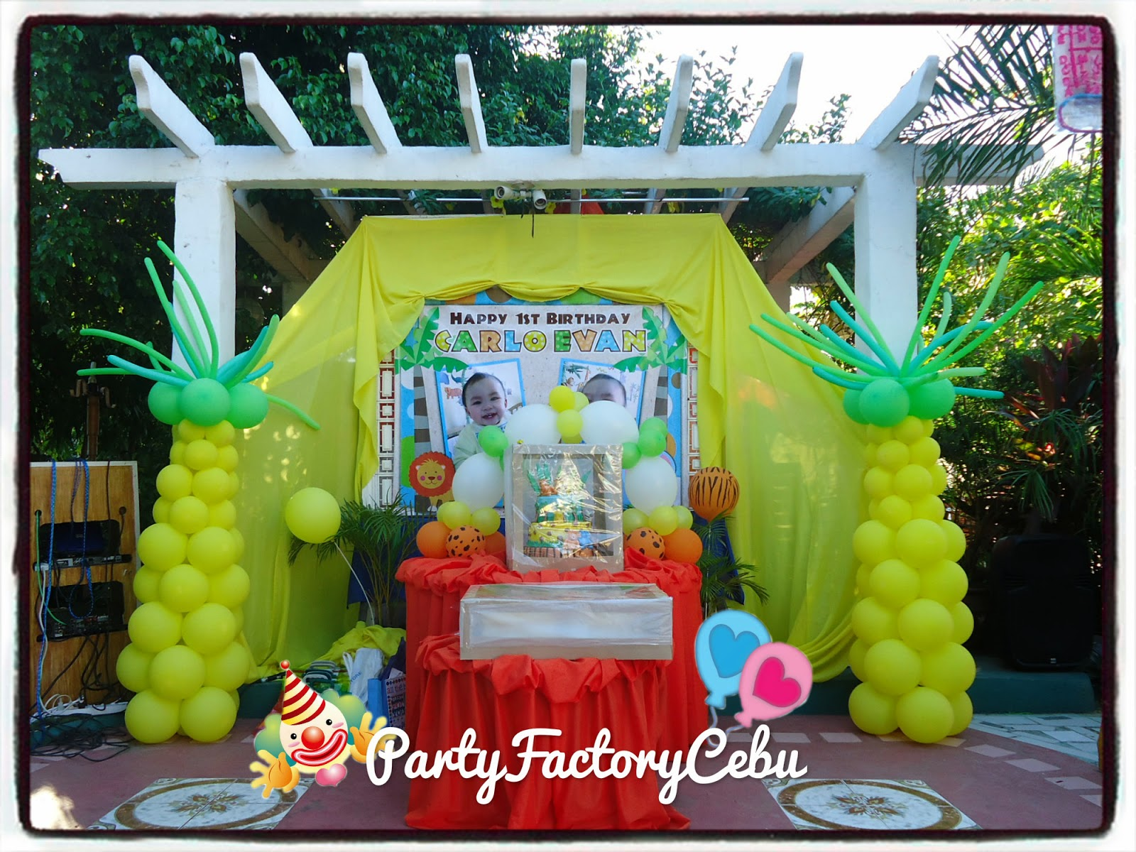 Welcome to partyfactory cebu carlo 39 s 1st safari theme for Balloon decoration for birthday party philippines