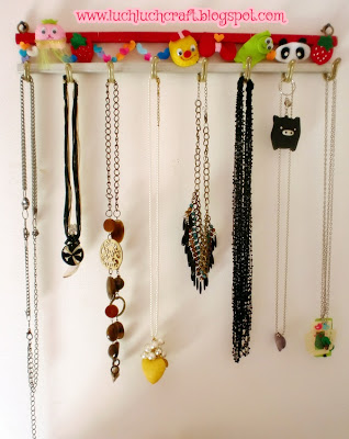 easy tutorial hang your necklace