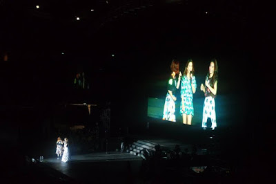 S.H.E. chatting with the fans 2015 Forever Stars