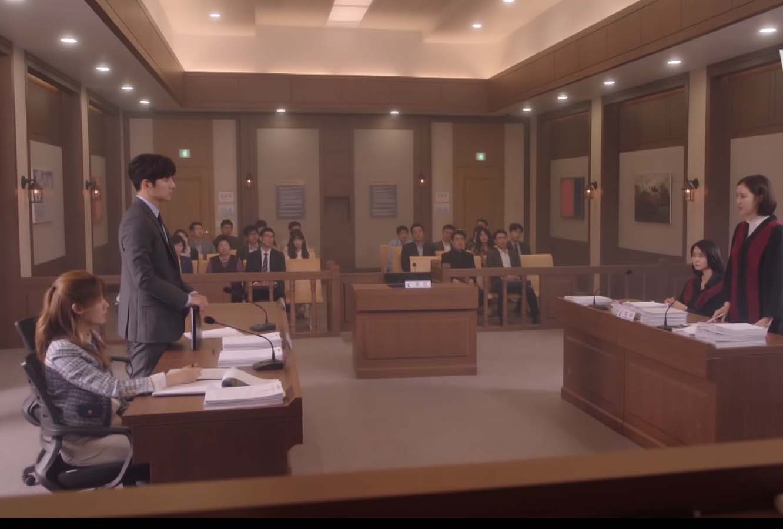 Eun Bong Hee (Nam Ji Hyun) and No Ji Wook (Ji Chang Wook) defending a client in court
