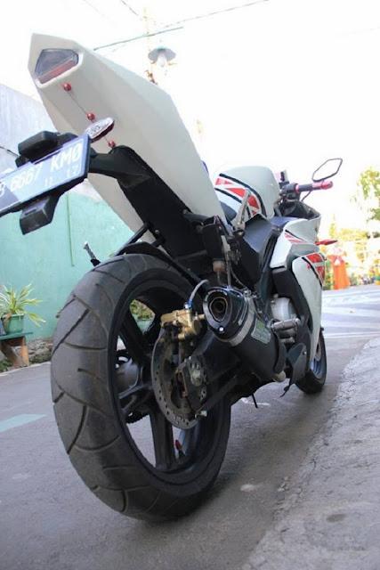 Modifikasi Part Yamaha Vixion Ala YZF-R125