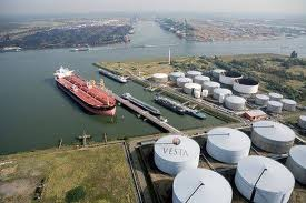 中国1―8月原油輸入量